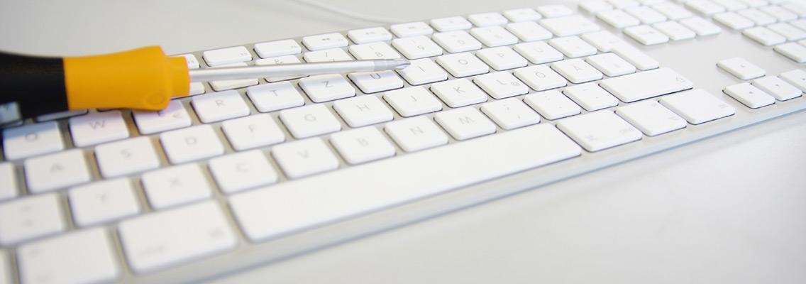 Intelego IT Tastatur mit Schraubenzieher